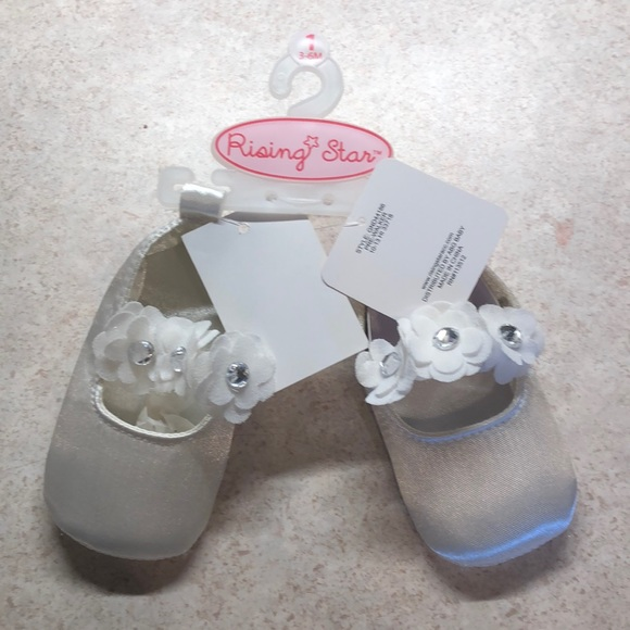 Rising Star Other - Rising Star baby girl slippers/dress shoes